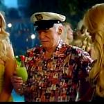 Hugh Hefner in nieuwe Bavaria Reclame!