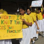 India maakt reclame voor dochters