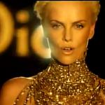 """Dior haalt alles uit de kast met nieuwe """"J'adore"""" reclame"""