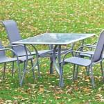 Een Aluminium tuinset met tafel en 4 stoelen met 47% korting