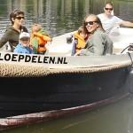 4 uur heerlijk varen door Amsterdam in een sloep met 55% korting