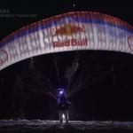 Red Bull paraglider noorderlicht